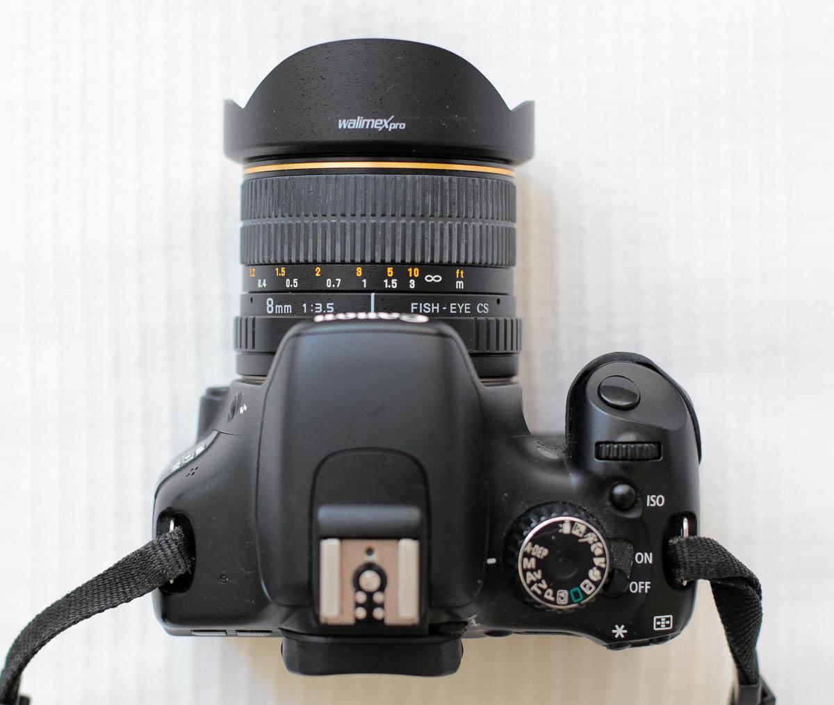 Samyang 8mm halszem objektív Canon 550D vázon