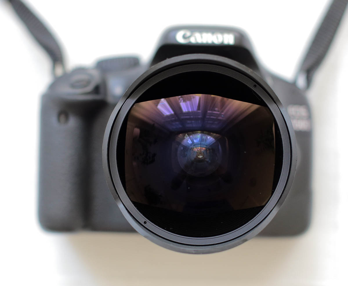 samyang 8mm halszem objektív canon 550d vázon frontlencse