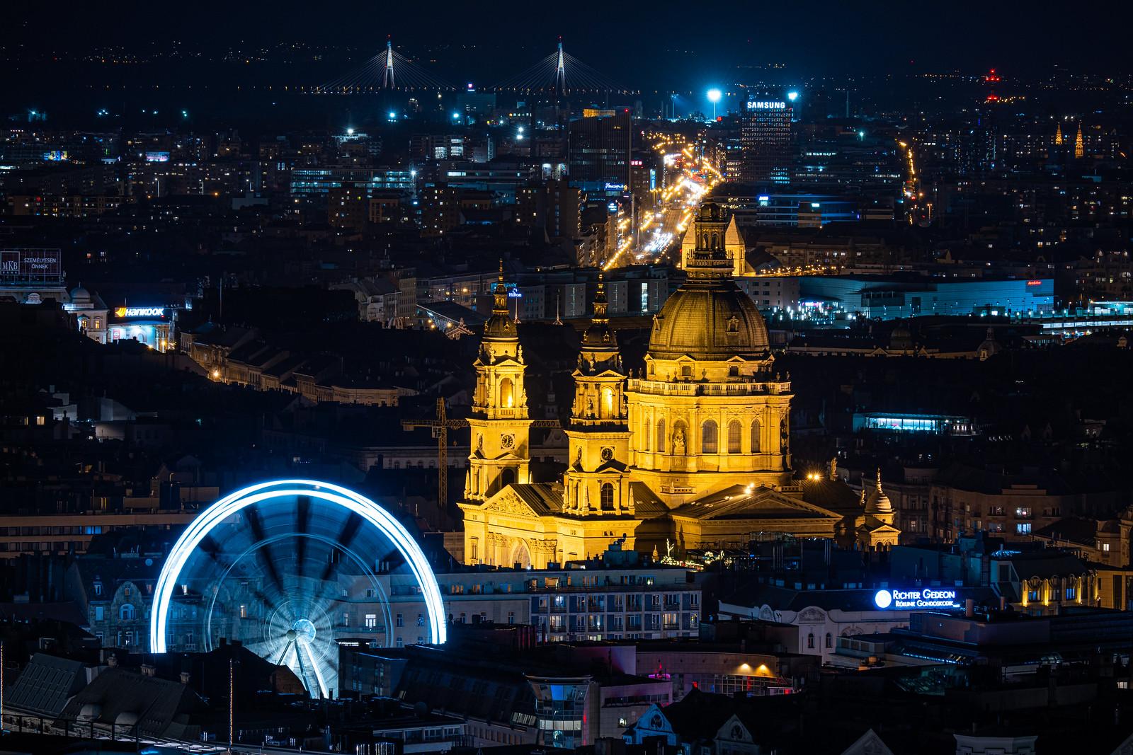 Az Óriáskerék, a Szent István Bazilika és Megyeri híd éjjel