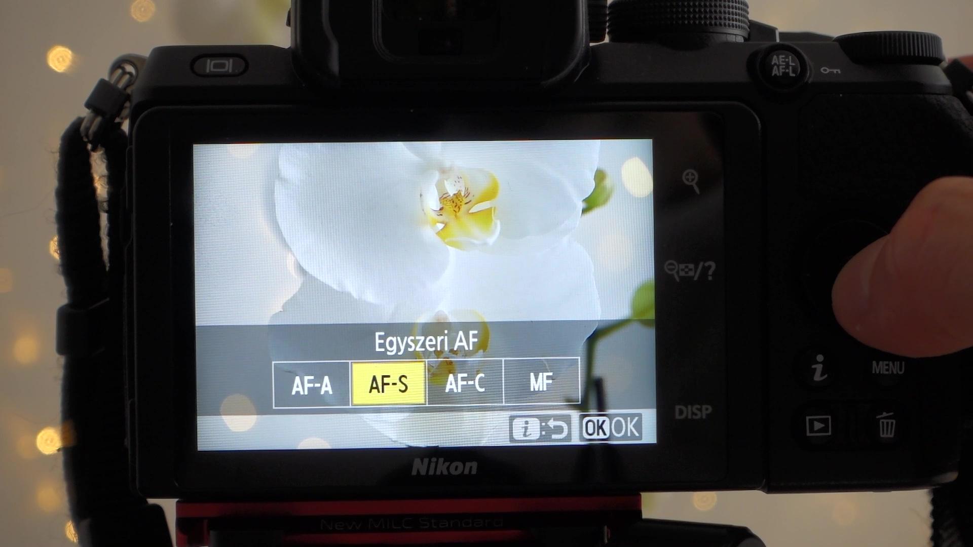 Folyamatos autofókusz mód AF-C egy Nikon Z50 gépen