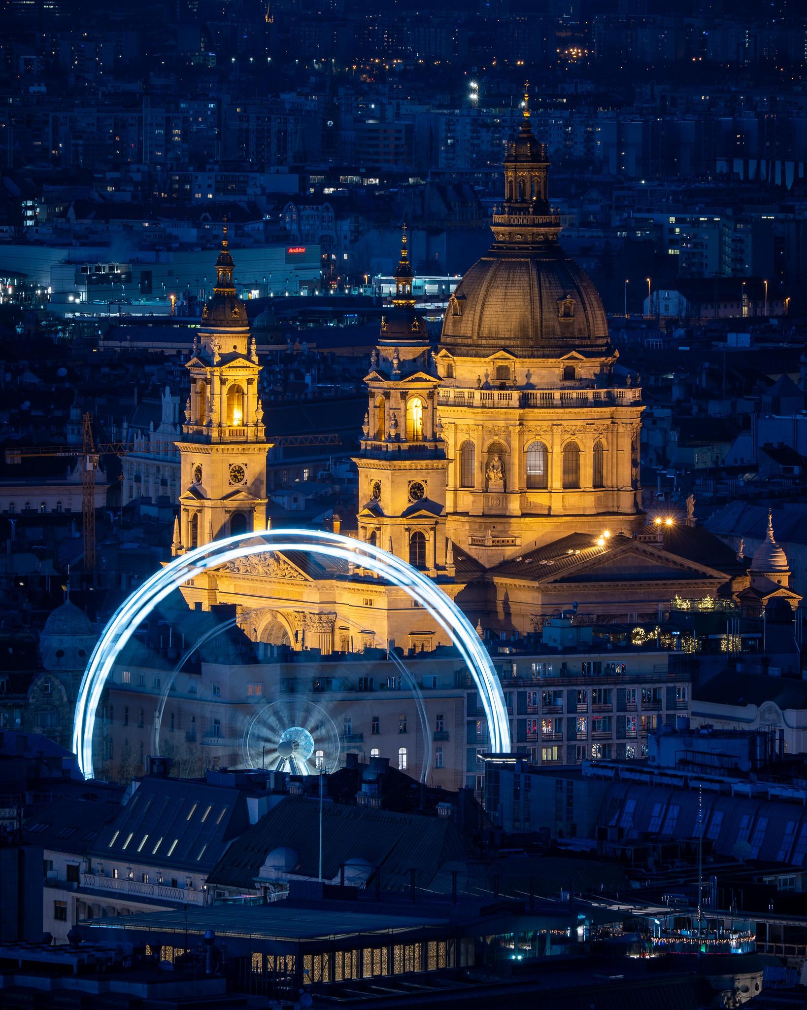 Szent István Bazilika a kékórában a Citadelláról